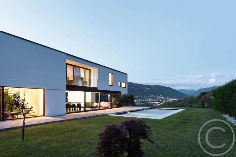 5 Stylish Homes